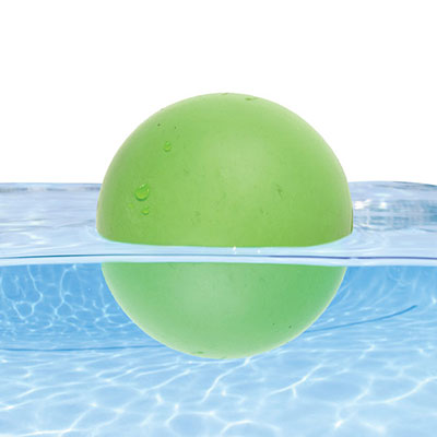 Floating_ball_on_water
