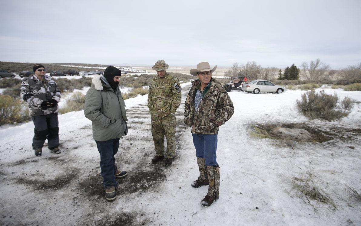 LaVoy Finicum (rechts) bij de Wildlife Refuge (AP Photo/Rick Bowmer)
