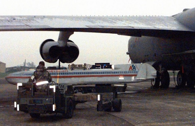 united_airlines_missile_1