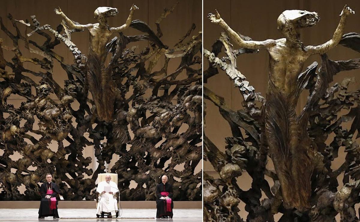 papal_throne_vatican_entiteit