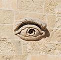 Het oog van Osiris op het fort Saint Elmo in Valletta, Malta.