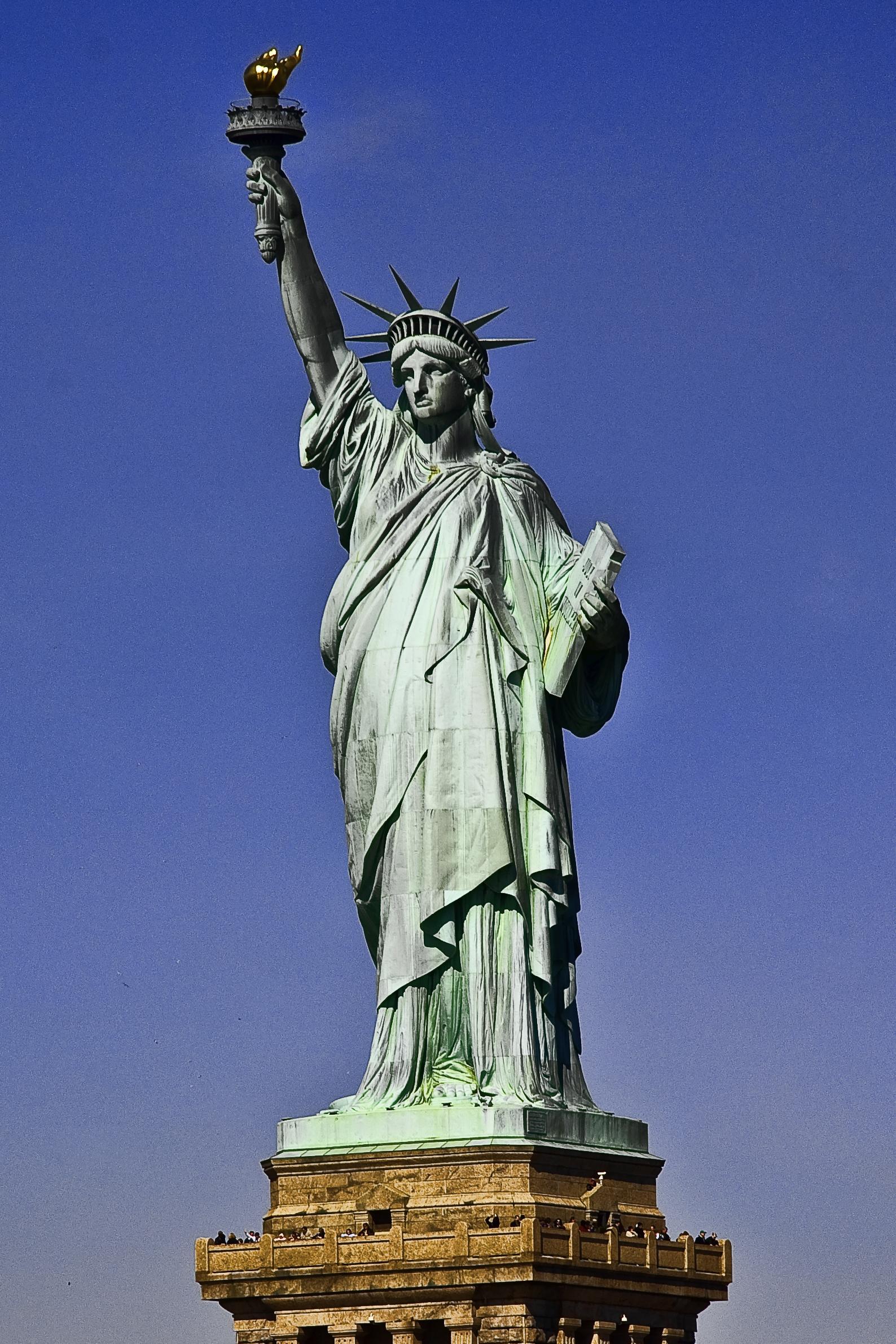 Vrijheidsbeeld is modernere versie van Isis. De fakkel verwijst naar Lucifer, de drager van het licht.