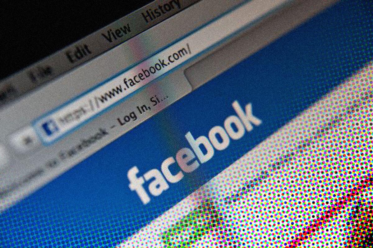 Facebook blokkeert account van Ella Ster*