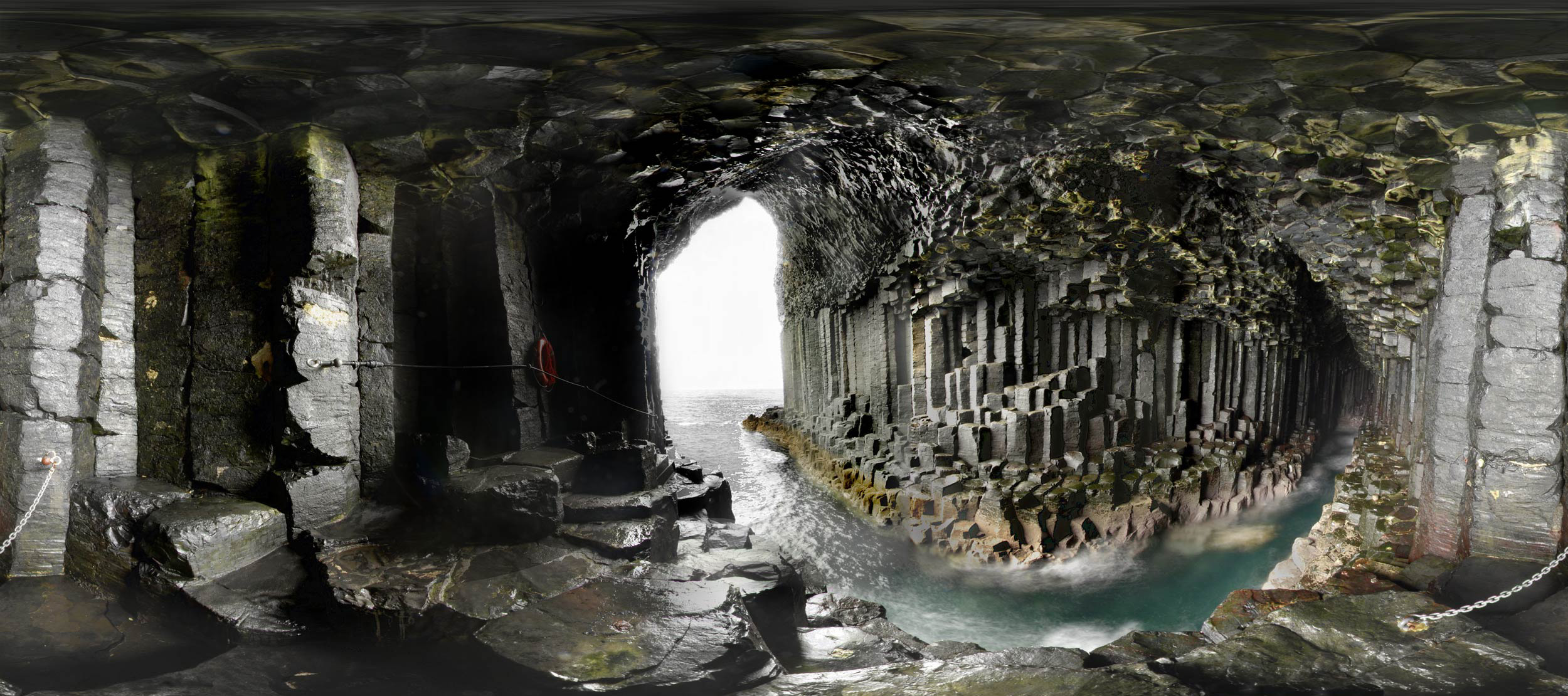 De grotten bij Staffa