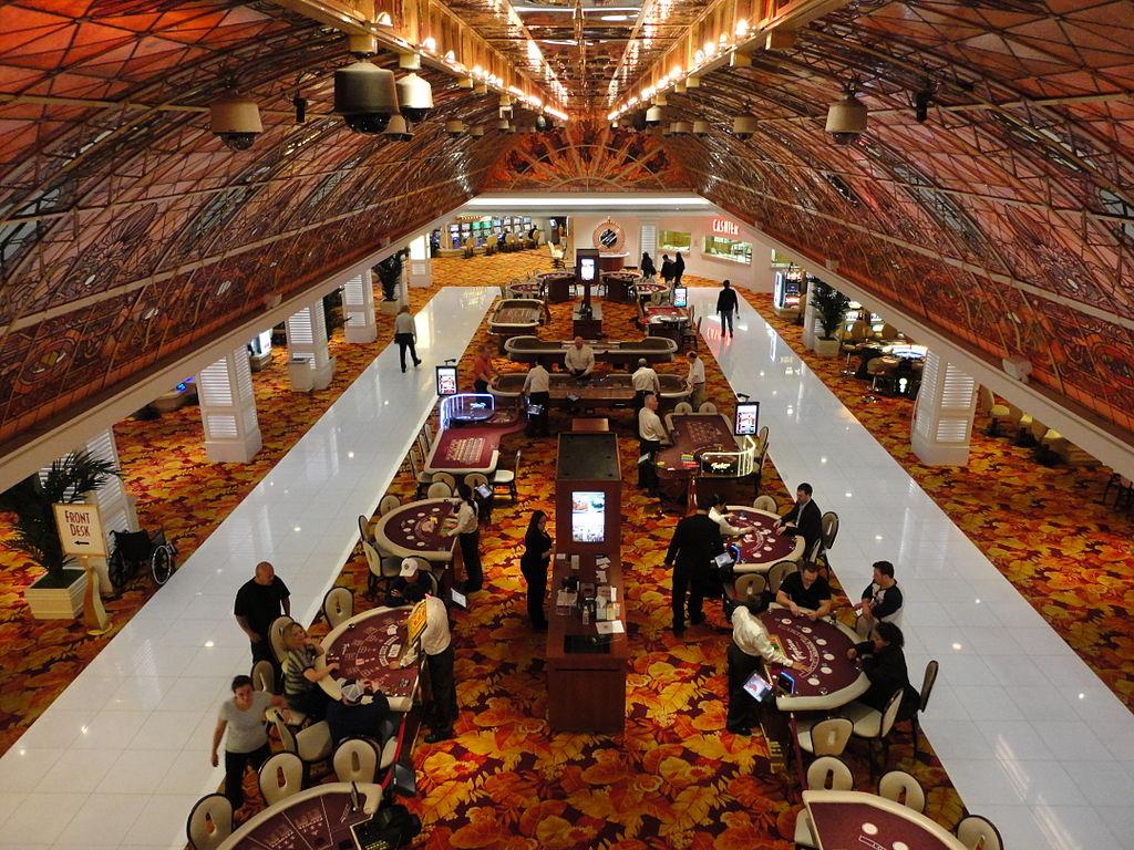 Casinovloer van Tropicana waar de gewapende escorte plaatsvond.