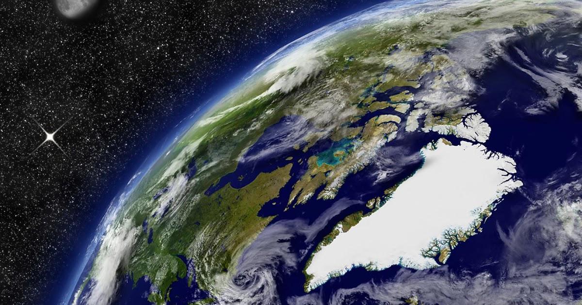 Groenland vanuit de ruimte. Delen van Canada zijn niet bevroren.