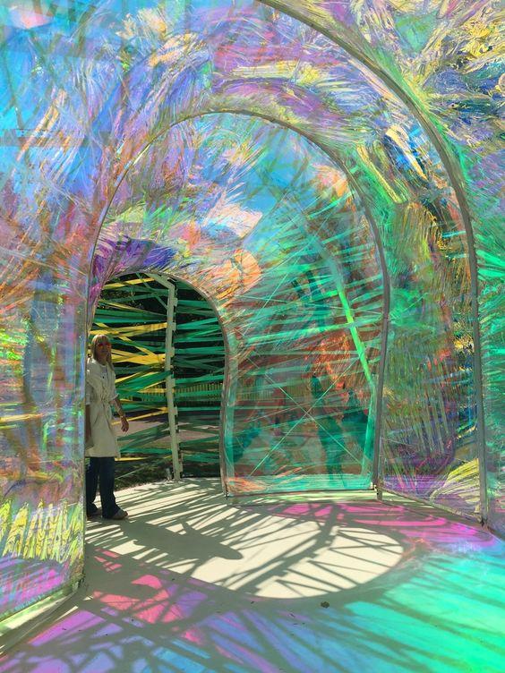 Candy Coloured Serpentine Pavillion, Hyde Park in Londen