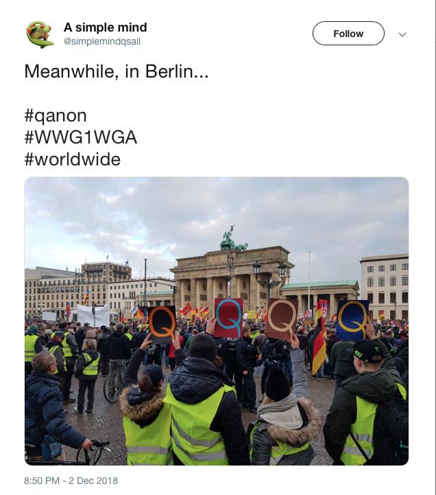 Gele vesten en Q-anon-supporters Berlijn.