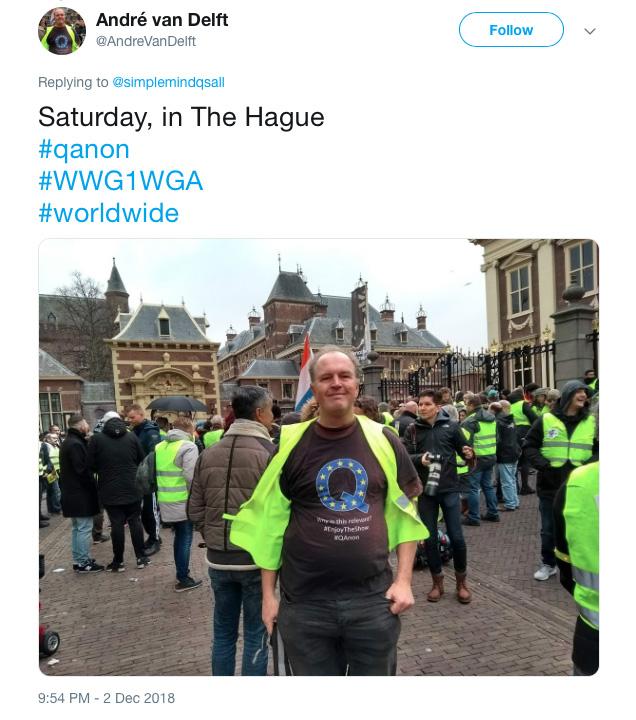 Demonstratie gele vesten en Q-anon-supporter Den Haag.