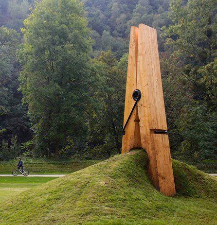 Sculptuur ontworpen door de Turkse kunstenaar Mehmet Ali Uysal.