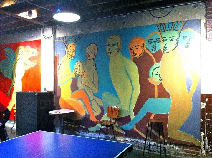 Muurschildering in Comet Ping Pong pizzeria.